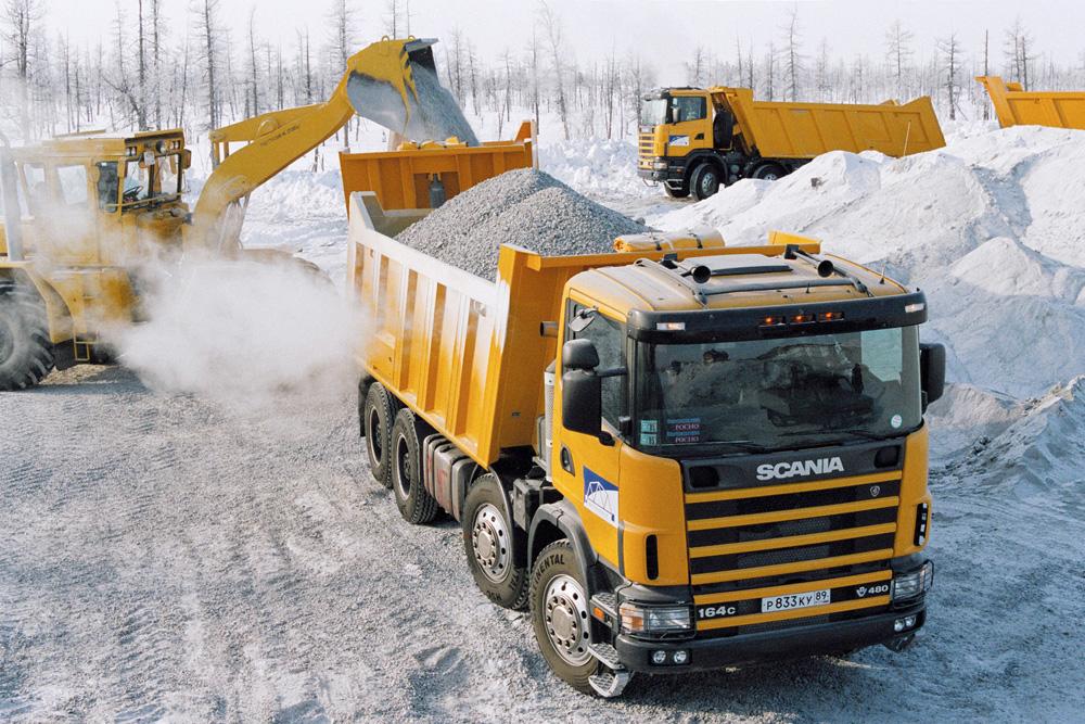 Тяжелый самосвал Scania R124 CB6x6 420 в Сургуте, Россия 2003