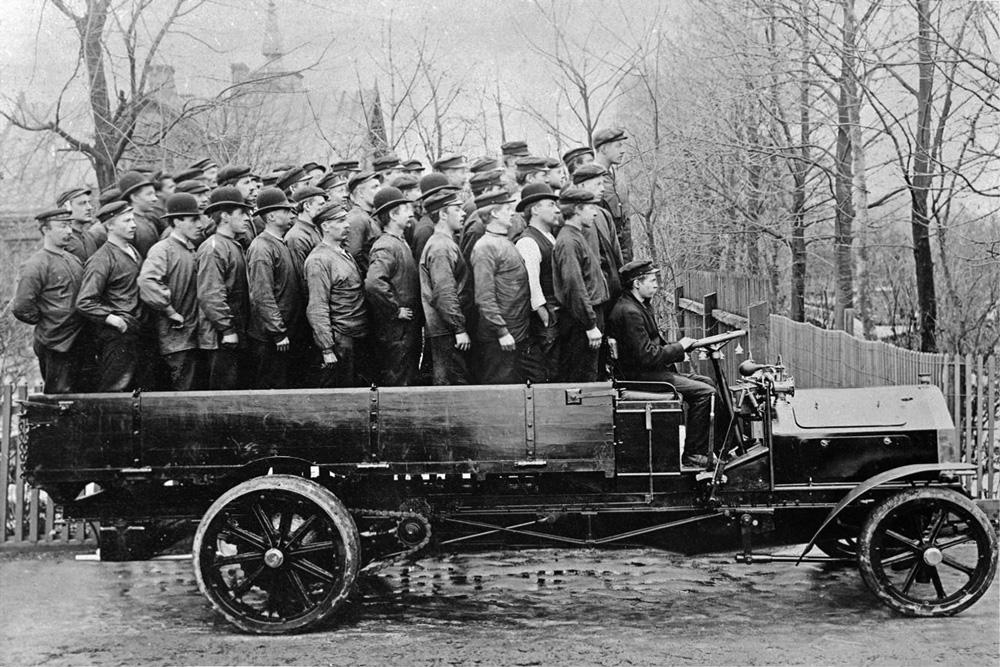 Демонстрация возможностей грузовика Scania, 1908