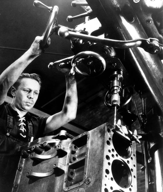 Изготовление блока цилиндров двигателя Scania, 1944