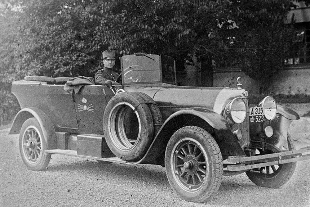 Scania-Vabis Typ III Phaeton, обслуживающий военное министерство Швеции, 1917