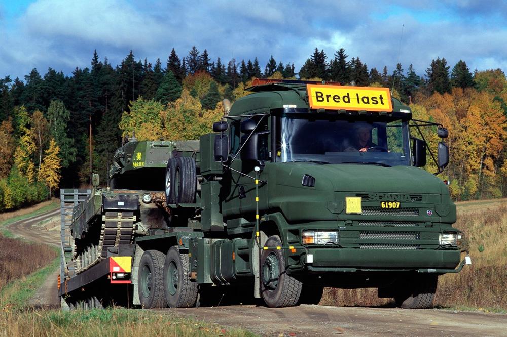 Военный транспорт Scania R144 GA6x4, 1998
