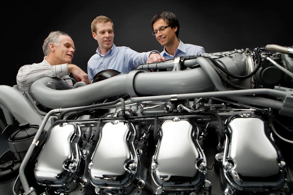 Новый двигатель Scania V8 мощностью 730 л.с. и крутящим моментом 3500Нм, 2010